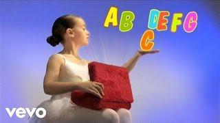 Panda vai à Escola - The Alphabet Song