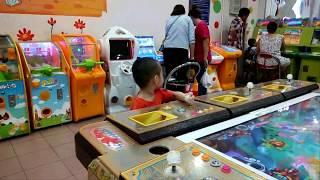 Bin TV 11 - Bé đi siêu thị khu trò chơi (Du xuân ký tập 3- Sài Gòn Sài Gòn, Chủ nhật của bé)