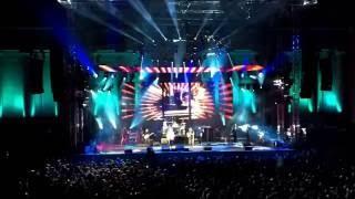 Watch Dave Matthews Band The Maker video