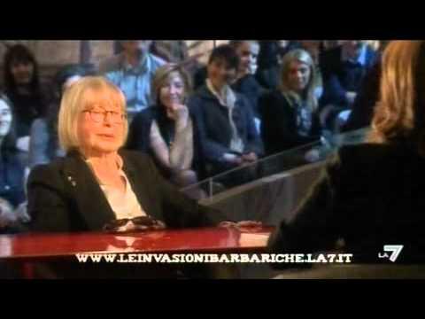 LE INVASIONI BARBARICHE – L'intervista di Daria Bignardi a Natalia Aspesi