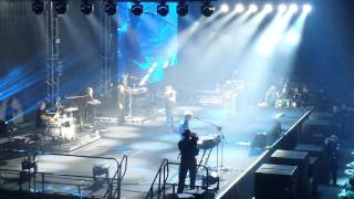 A Ha   Hunting High and Low live Manchester 250316