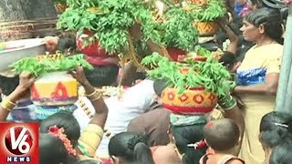 Huge Demand For Clay Pots On Eve Of Bonalu Festival Celebrations | Hyderabad
