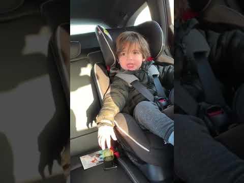 Toddler Curses saying Garbage Truck