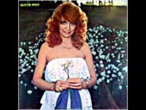 Titelbild des Gesangs When Its Just You and Me von Dottie West