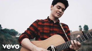 Download Lagu TheOvertunes - I Still Love You (Acoustic Version) Gratis STAFABAND