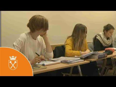 Jagiellońskie Centrum Językowe - Prezentacja