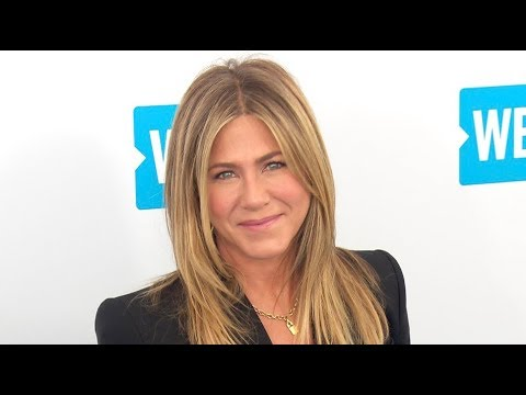 Selena Gomez, Jennifer Aniston and more on the red carpet for WE Day California 2018 thumbnail
