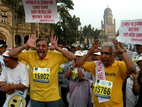 LAUGHTER CLUB AT MUMBAI MARATHON 2009