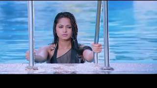 Anushka Shetty Hot Swimming | Anushka Shetty in Bikini | South Indian Actress in Bikini