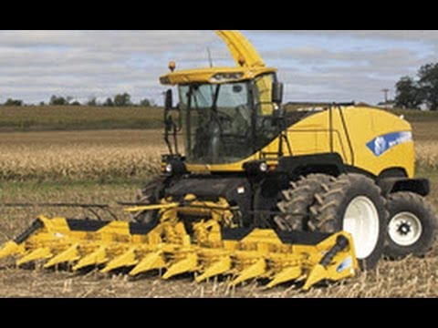 New Holland FR9090 + Lamborghini + 4 Fendt + New Holland 7070 häckseln Mais für Biogasanlage