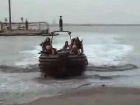 Крым. Атака с моря (шутка)