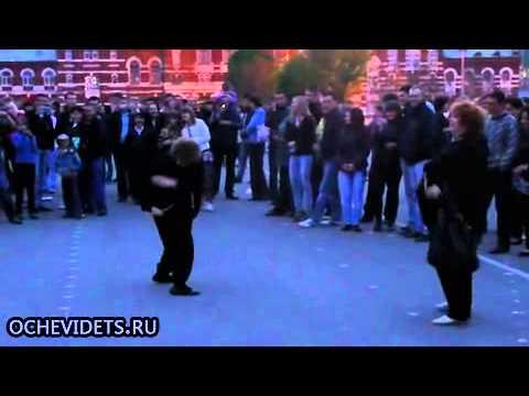 Rus nineler komik dans