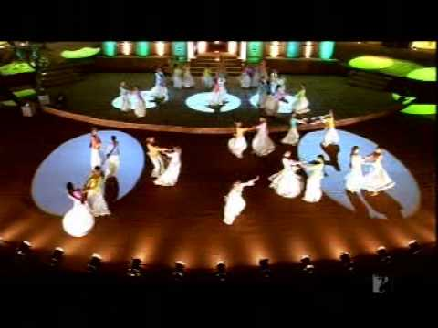 Desh Mera Rangeela - Fanaa video