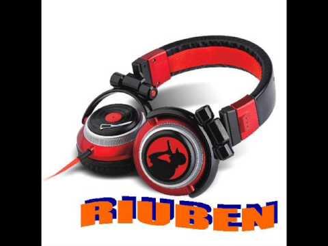 riuben CANTADITAS @ disco-pub Manila(02-03-13)