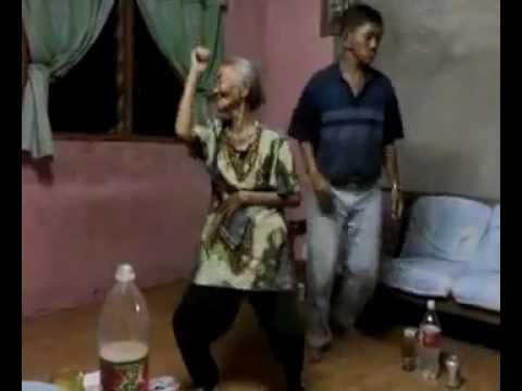 Nenek Dangdut.mp4 video