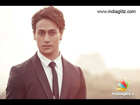 The Reason for Tiger Shroff visiting Kerala | Malayalam Hot Cinema News