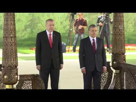 Вот так встретили президента Эрдогана в Узбекистане