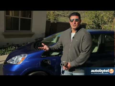 2013 Honda Fit EV Test Drive & Electric Car Video Review