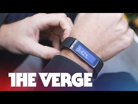 Wearing the Microsoft Band, the next big thing in fitness tracking (hands-on)