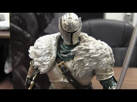 CGR Undertow - DARK SOULS II COLLECTOR'S EDITION & COLLECTOR'S GUIDE