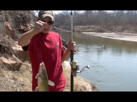 How to read a river and catch catfish from the bank!