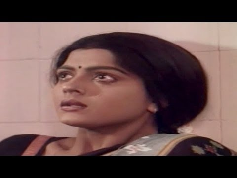 Swarna Kamalam Movie || Bhanupriya Emotional Love Climax Scene  || Venkatesh,bhanupriya video