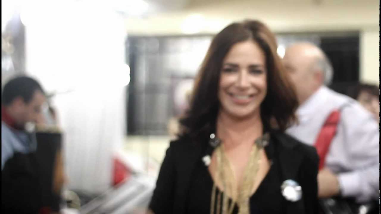 Claudia Wells Testimonial Claudia Wells / Fansci 6