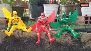 3 Anh em siêu nhân giải cứu khủng long và đem đi rửa trong thau nước - đồ chơi trẻ em c19238b