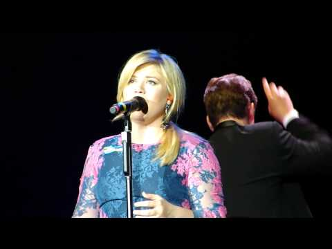 Kelly Clarkson & Boston Pops - Because of You - 5/2/2013