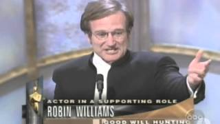Robin Williams Gana el Oscar a Mejor Actor de Reparto || 1998 || Subtitulada
