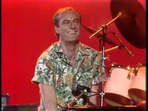 The Midnight Special More 1978 - 15 - Peter Allen - I Go To Rio
