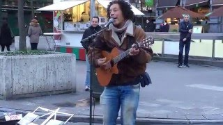 Coldplay, Clocks (by Vincent van Hessen) - Busking in the streets of Brussels, Belgium