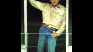 Watch George Strait Thats Where My Baby Feels At Home video