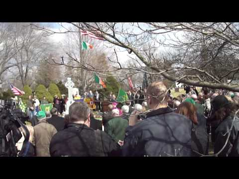 Funeral for the Irish at the Duffy's Cut mass grave 1