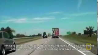 Xử lý xe ô tô khi kẹt chân ga