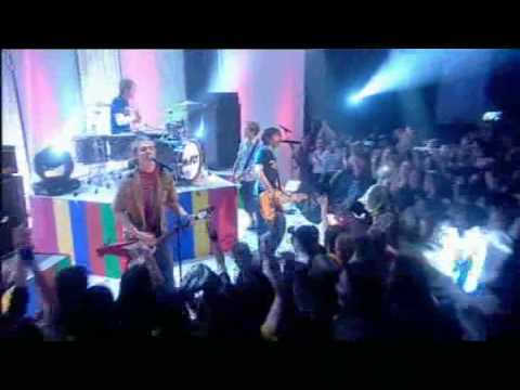 McFly - Five Colours In Her Hair