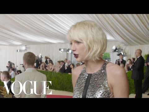 Taylor Swift on Looking Like a Futuristic Gladiator Robot | Met Gala 2016