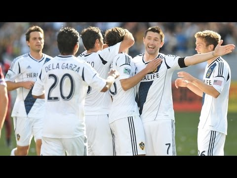 GOAL: Robbie Keane Stunner | LA Galaxy vs Chicago Fire