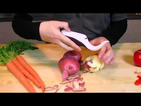 Prepara  Trio Three-Blade Peeler : Easy Julienne!