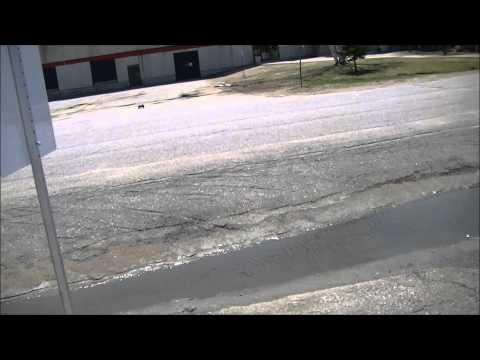 Losi Xxx Sct Rock Star Bashing Jumping Crashing video