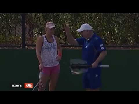 Caroline Wozniacki practice in Dubai with new coach