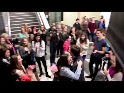 Asking My Best Friend to Prom (Flash Mob)