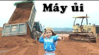 Máy xúc, xe tải, máy ủi làm việc trong nhà máy gạch, Kênh Em Bé 😅
