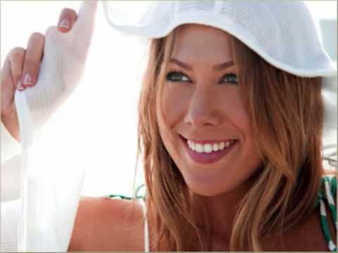 Colbie Caillat Falling for you (Official + Lyrics)