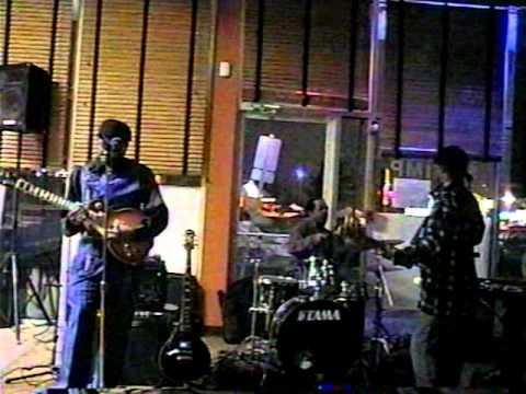 Charles E. Shaw (JOHNNY GUITAR WATSON)(I WANNA TA-TA-YOU)&The Chicago Rebellion Blues Band