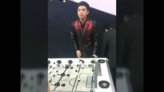 Noo Phước Thịnh chơi bilac cùng á hậu Dương Tú Anh - Event Audi