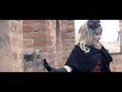 Good Girl Di Rossella Regina video
