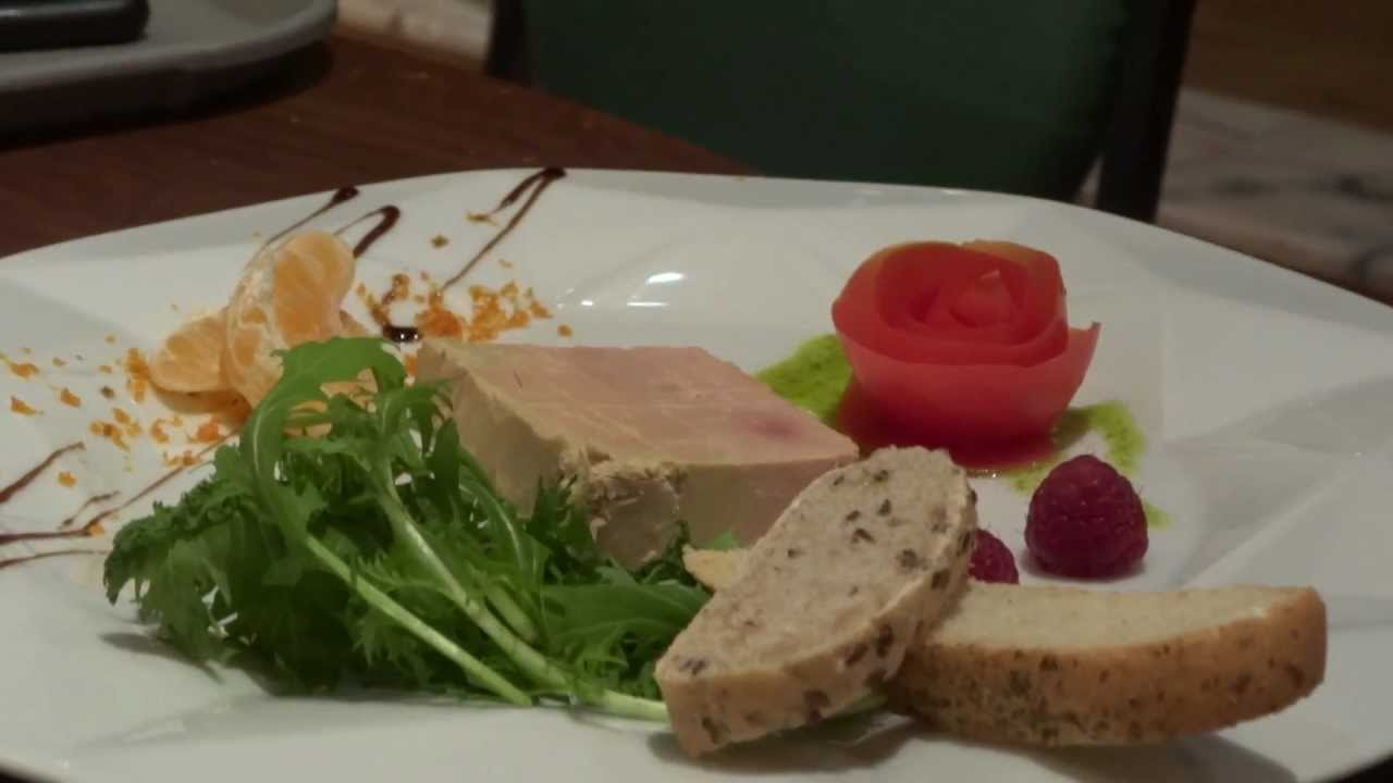 Dresser assiette foie gras avec wesley durand youtube for Comment presenter du foie gras
