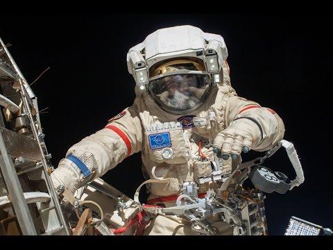 Жизнь в открытом космосе