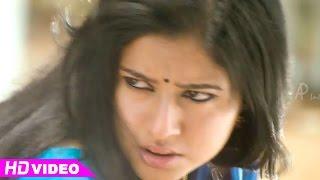 Manthrikan - Manthrikan - Poonam Bajwa tries to kill Devan